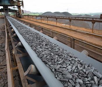 Industrial-conveyor-belt